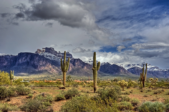 _dsc2136_37_38_39_40-snow-superstition-goldfield-_tonemapped.jpg