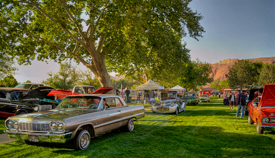 _dsc9831_moab-car-show-entrance-crop2-tone.jpg