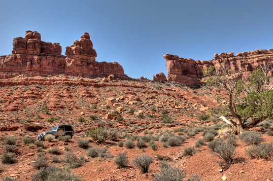 dsc_7440_1_2_valley-of-the-gods-jeep.jpg