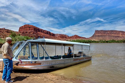 _dsc0771_colorado-river-jet-boat-bob-andrew.jpg