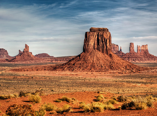 mv_dsc6360_1_2_3_4_5_6_monument-valley-am-artist-pt-grad-crop.jpg